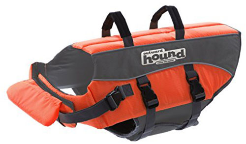 1. Outward Hound Ripstop Dog Life Jacket